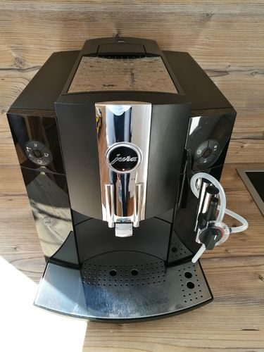 general berholte kaffeevollautomaten. Black Bedroom Furniture Sets. Home Design Ideas